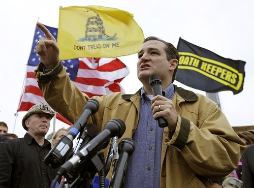 http://targetfreedom.com/wp-content/uploads/2013/10/Ted-Cruz-and-Oath-Keeper-flag1.jpg